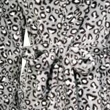 Халат флісовий ТМ ''Ярослав'' м.Ф-101 сірий леопард